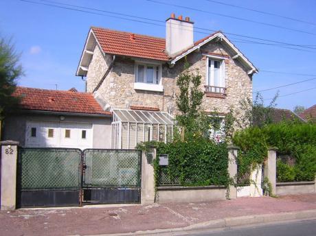 Vente maison sur montargis de 119m de classe d immosant for Maison montargis